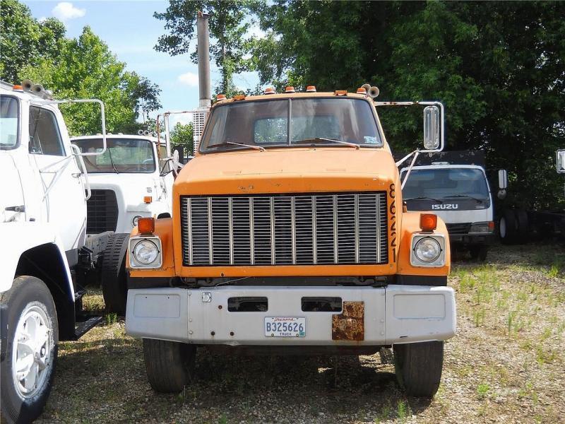 1985 GMC BRIGADIER - 2