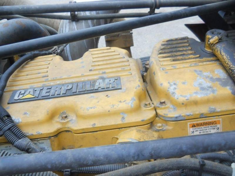 1998 Freightliner FLD12042T - 13