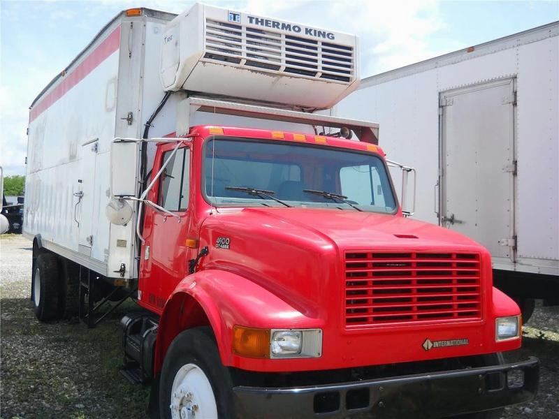 2001 International 4900 - 3