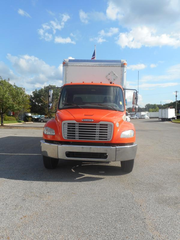 2009 Freightliner BUSINESS CLASS M2 106 - 3