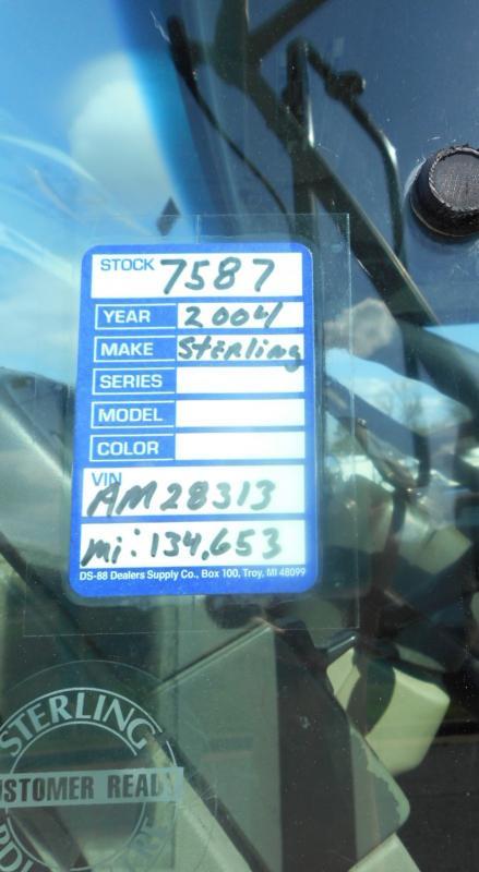 2004 Sterling LT7501 - 10