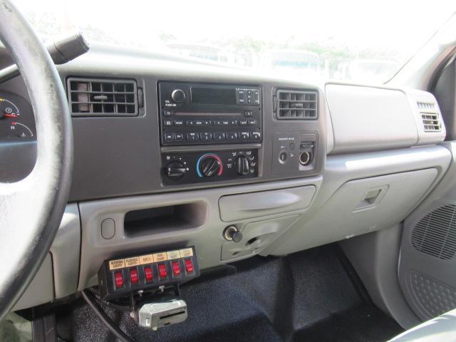 2004 Ford F350 XL - 12