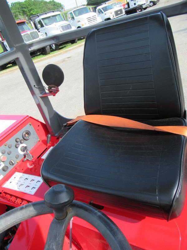 2005 Moffett M5500 N 4W - 17